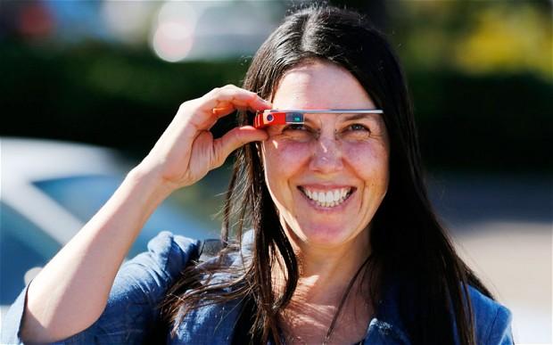 カリフォルニア州でのGoogle Glass着用運転に関する違反切符取り下げについてもっと深く知るための裏話